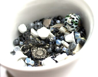 Black Grey Silver destash Bead Mix #16 - 100 grams