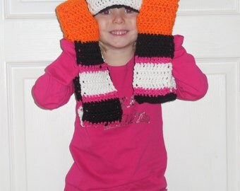 Penguin Hat, Scarf and Glove Combo