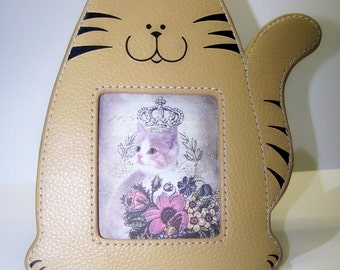 Leather Frame, Tan Cat, Picture Frame, Vintage Frame, Pet Lover Frame, Kitty Frame, Pet Frame, Home Decor, House Cat, Picture Display