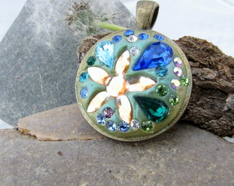 Crystal clay spring pendant