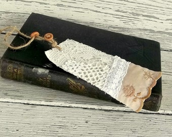 Shabby Bookmark, Custom Bookmark, Fabric Book Mark, Lace and Button Bookmark, Wedding Favor Bookmark, Party Favor, Custom Color