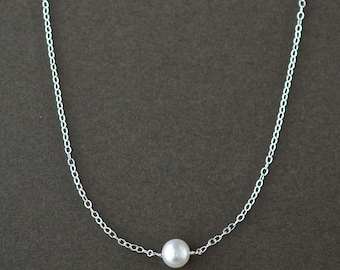 Single Pearl Necklace / Floating Pearl Necklace / Sterling Silver Pearl / Delicate Pearl Necklace / Minimalist Pearl Jewelry / Freshwater