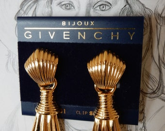 1980s Givenchy Bijoux Earrings Paris New York Scalloped Gold Tone Dangles Signed Clips Logos Original Display Card Get That Holiday Glow