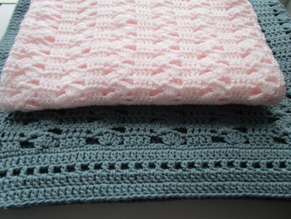 Easy Crochet Baby Blanket Shell Pattern : Easy Crochet Blanket Pattern Interlocking Shell by ...