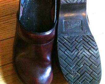 Red Burgundy Marble leather Dansko clogs