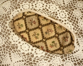 1970's Cute Tapestry Floral Mini Clutch Bag Purse