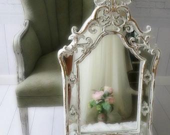 C H I P P Y  Shabby Chic Mirror French Nursery,Vanity