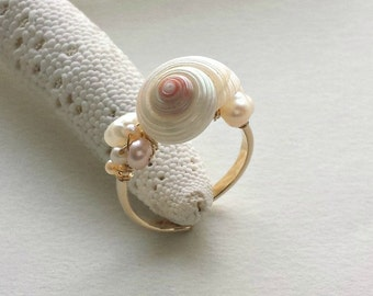 Adjustable Shell Ring, Wire Beach Ring, Seashell Ring, Pink Pearl Wire Ring, White Shell Ring, Pink White Gold Ring