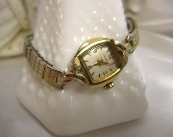 Vintage Women's Wristwatch Signed Caravelle Costume Jewelry Steam Punk
