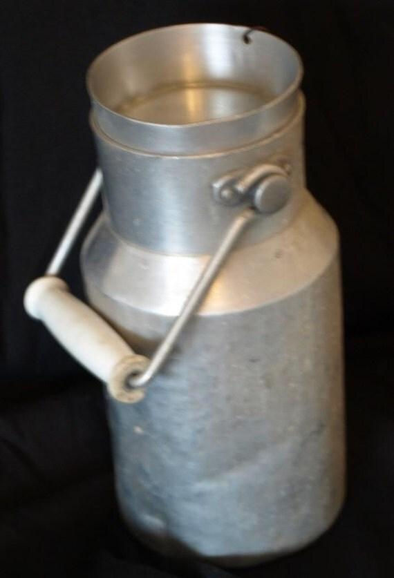 vintage french milk can pot churn pot a lait aluminum. Black Bedroom Furniture Sets. Home Design Ideas