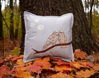 """14"""" Snowy Owl Pillow in Gray Cotton"""