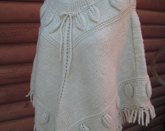 Gorgeous Vintage Cream Knit Poncho with Textured Leaf Details