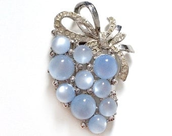 Vintage Moonstone Fur Clip Brooch Dress Clip