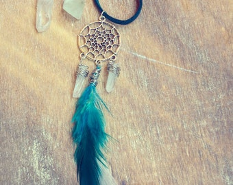 Feathers Dreamcatcher Necklace. Bohemian White Quartz Dreamcatcher necklace. Raw Crystal Mineral Stone Natural Rock Earthy boho gypsy tribal