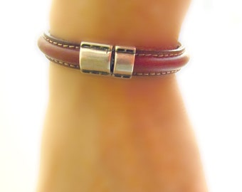 Unisex/Women's Bracelet. Genuine Cognac Colored Leather with Stitching, Easy Focal Piece Clasp