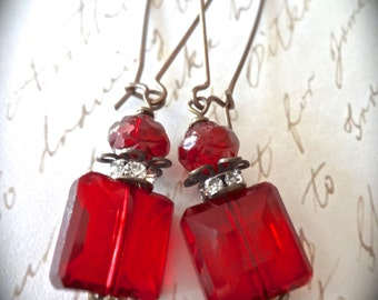 Red earrings ~ Vintage style ~ Red crystal earrings ~ Square ~ Rhinestone statement earrings ~ Long Kidney wires ~ Gift