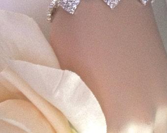 Crystal rhinestone bracelet ~ Bridal jewelry ~ Silver ~ Clear crystals ~ Diamond shape ~ Extender ~  Prom ~ Sparkling Jewelry