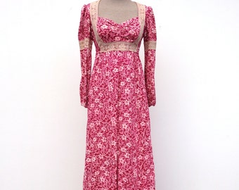 Vintage prairie dress, small maxi dress fuchsia flowers and lace