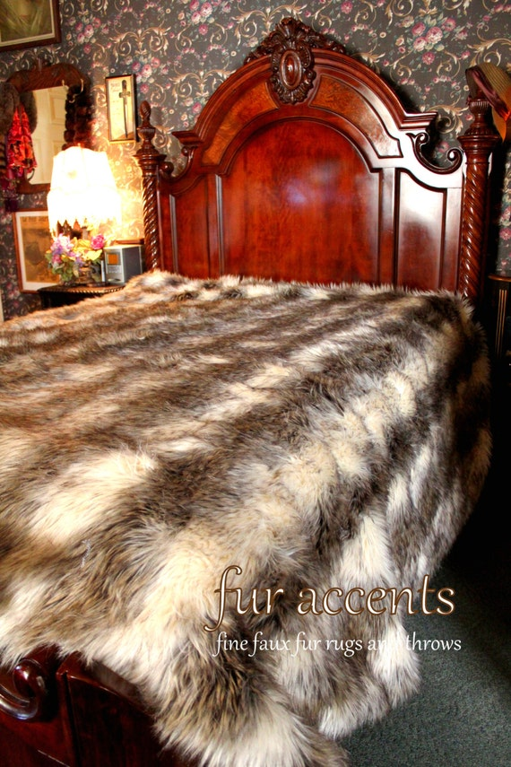 Premium Faux Fur Bed Spread Comforter Gray Stripe Wolf