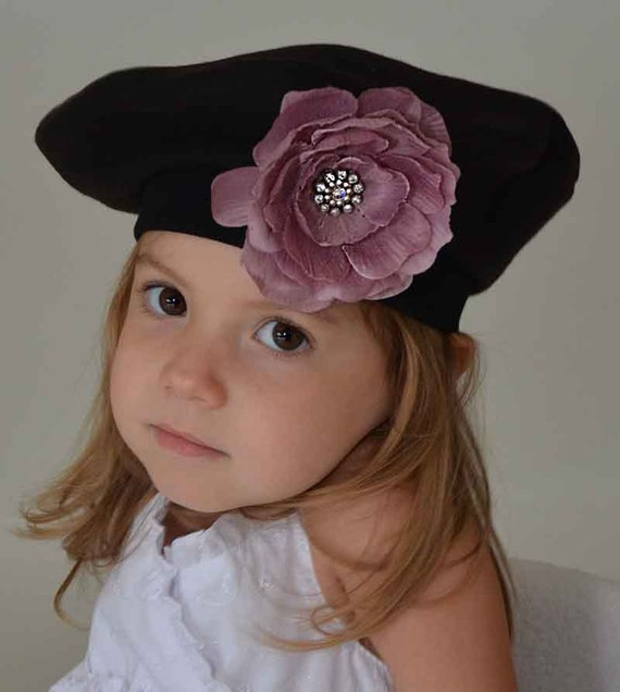 I needed a large quantity of berets (an alternative to cone party hats) for my daughter's birthday party guests. These are a great fit. Sturdy felt material, and made well enough to hold up even after the party as a favor the kids can take home/5(51).