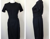 Vintage 1950s-1960s Short Black Dress // Short Sleeve Black Dress // Size Small-Medium