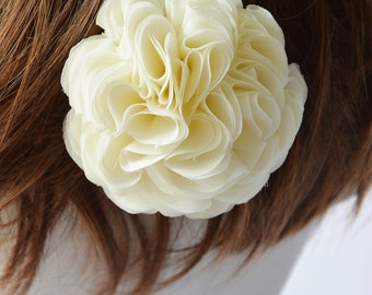 Ivory, Wedding Hair Accessories, Bridal Hairpiece, Hair Clip, Hair Flower, Flower Girl, Bridesmaid, Flower for Hair, Fascinator