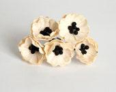 50 pcs - Cream Poppy paper flowers - Wholesale pack