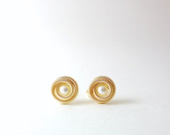Koru-inspired Pearl Earrings / Handmade / 14k Gold-filled /14k Rose Gold-filled
