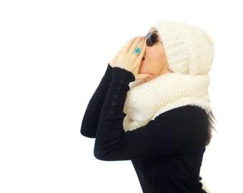 Free Shipping, Hat Scarf set, Slouchy cream beanie hat scarf, Neck warmer, Shoulder warmer, Knitting scarf set