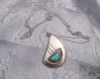 Navho Bear Claw Sterling and Turquoise Necklace