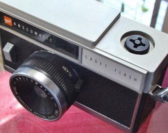 Vintage Retro GAF Camera
