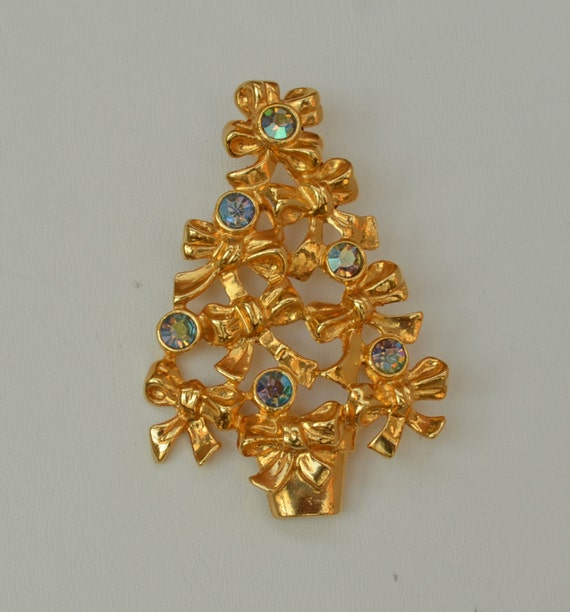 Signed vintage avon christmas tree pin brooch gold tone