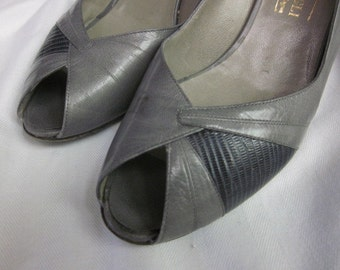 2 Shades of Gray 1980's BRUNO MAGLI Peep Toe Sling Back PUMPS size 7.5 aa 2-tone gray women's shoes Italian Gs