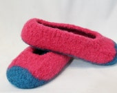 Girls turquoise and pink felted wool slippers