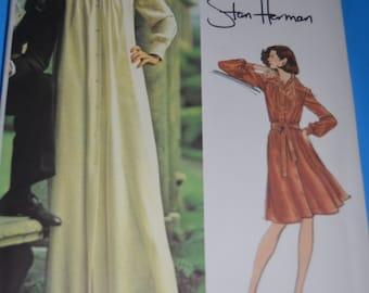 Vintage 70s Vogue 2975 Stan Herman Misses Lounge  Dress Sewing Pattern  - UNCUT Size 14  - UNCUT