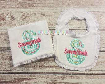 Girls Floral Monogram Ruffle Bib and Burp Cloth Set - Baby Ruffle Bib, Baby Ruffle Burp Cloth, Baby Girls, Monogram Bib, Monogram Burp Cloth