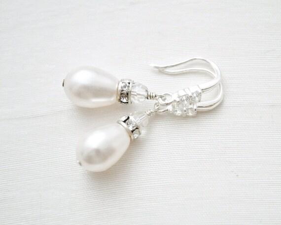 teardrop bridal earrings small pearl earrings teardrop