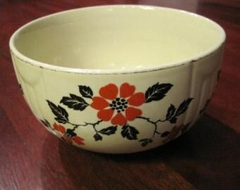 Charming Retro   Hall Kitchenware Poppy Bowl