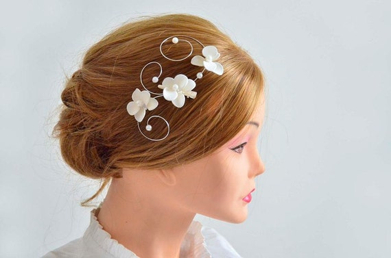 Ivory headpiece Orchid hair comb Bridal hair comb by MyArtDeco
