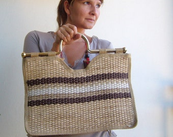 Large straw bag vintage / Italian made straw bag with brass metal handle