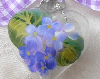 Hydrangeas Ornament ~ Heart Ornament ~ Valentines Day ~ Cottage Chic ~ Farmhouse Decor ~ Beach Decor