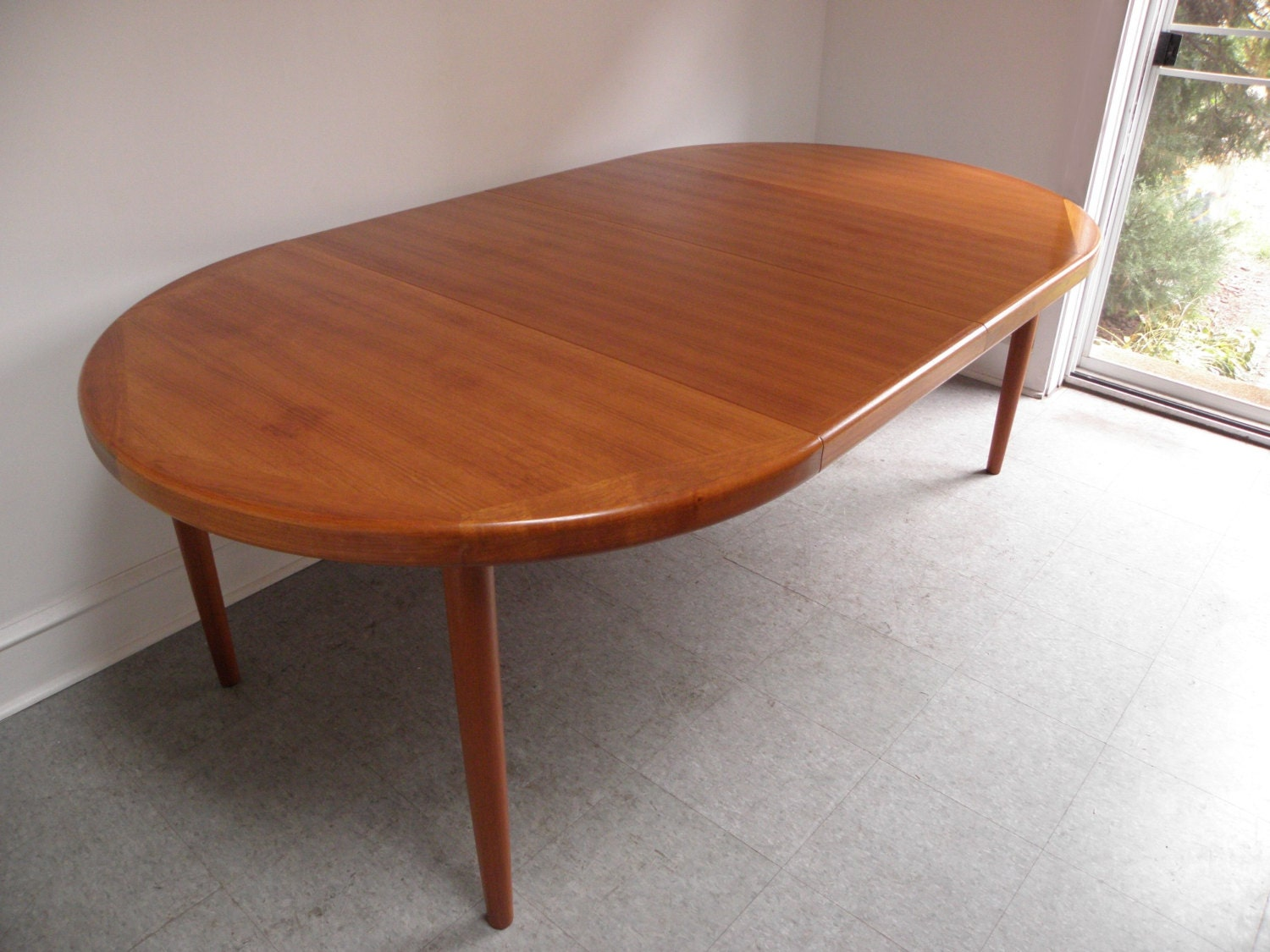 Danish Modern Teak Expandable Dining Table Made By Vejle