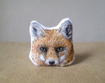fox brooch hand painted fabric pin textile jewelry kitsune fox totem gift idea forest woodland creature red foxes