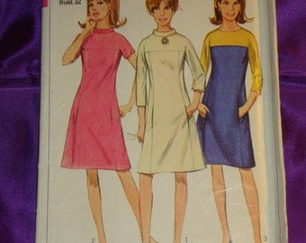 60s Vtg Mod Dress Short or Below Elbow Sleeves Opt Band Collar 3 Vws Color Block Option UNCUT Simplicity Pattern 7196 Bust 32 Inch 81 Metric