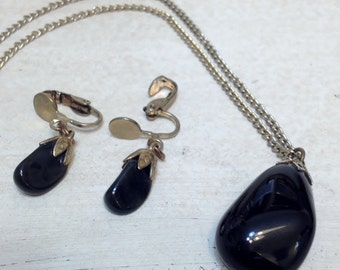 1950's Black Agate Necklace & Earring Set, Polished Black Agate Clip On Earrings and Pendant Necklace with Silver Tone Metal, Spiritual Gift