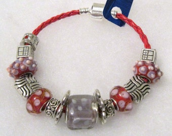 334 - CLEARANCE - Lavender and Red Beaded Bracelet