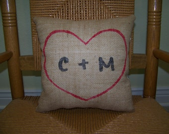 Personalized pillow, Initial pillow, heart pillow, wedding gift, burlap pillow, Love pillow,Valentine's gift, FREE SHIPPING!