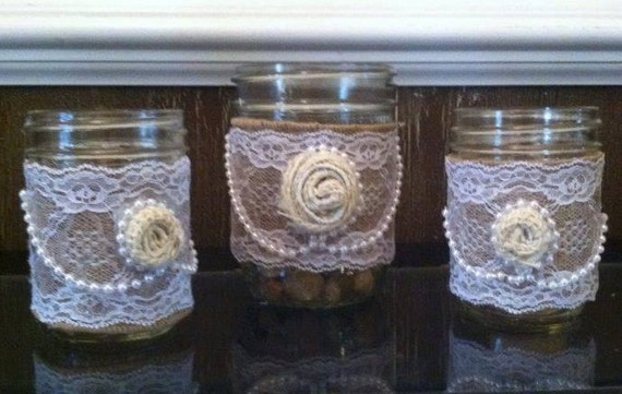 Rustic Wedding Decor - Rustic Mason Jar - Wedding Decor - Rustic Wedding Centeroieces - Mason Jars - Rustic Mason Jars with Burlap -