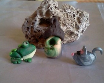 Small Set of Green Glow Frog, Gray Mouse, and Birdhouse Miniature Handmade Polymer Clay Fairy Garden Terrarium Sculpture Figurines
