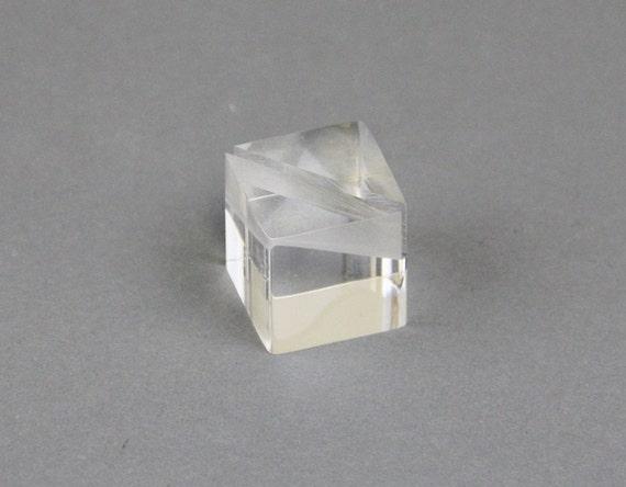 platzieren sie kartenhalter cube kartenhalter acryl cube. Black Bedroom Furniture Sets. Home Design Ideas